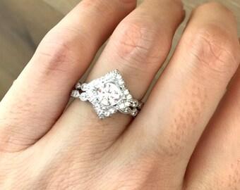 Diamond Simulant Bridal Set- Bridal Engagement Ring Set- Alternative Wedding Set Ring- Cubic Zirconia Promise Ring- Halo Engagement Set