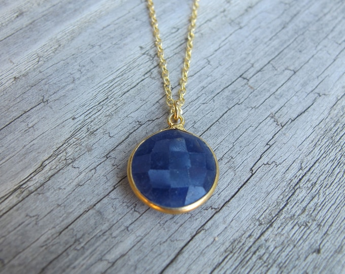 Raw Round Blue Sapphire Necklace- Simple Rough Sapphire Gold Necklace- September Stone Necklace- Raw Sapphire Jewelry- Jewelry Gifts for Her