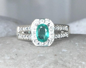 Emerald Ring Engagement Ring Green Emerald Oval Anniversary Ring- Double Band Ring Promise Silver May Birthstone Ring Green Emerald
