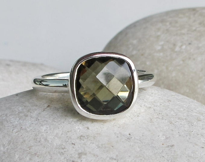 Olive Green Gemstone Ring- Green Quartz Silver Ring- Green Topaz Ring- Cushion Cut Stackable Ring- Square Shape Ring- Jewelry Gifts for Her