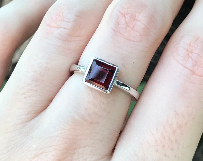 Square Garnet Dainty Ring- Garnet Princess Stackable Ring- Red Small Stone Ring for Teen Child- Red Gemstone Ring- January Birthstone Ring