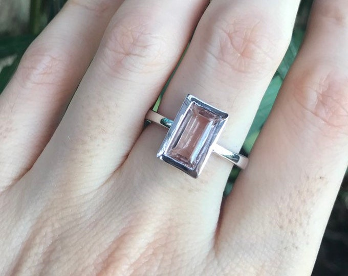 Morganite Rectangle Genuine Solitaire Ring- Morganite Minimalist Promise Ring- Pink Stone Engagement Ring- Modern Vertical Anniversary Ring