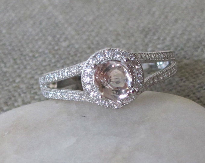 Split Band Morganite Ring- Morganite Engagement Ring- Round Morganite Promise Ring- Halo Engagement Ring- Morganite Anniversary Ring