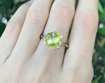 Oval Lemon Quartz Stackable Ring- Yellow Gemstone Cocktail Ring- Sterling Silver Yellow Topaz Ring- Simple Minimalist Yellow Quartz Ring