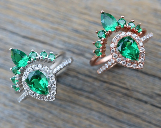 Teardrop Emerald Bridal Ring Set- Pear Green Stone Wedding 2 Ring Set- Green Halo Bridal Ring w/ Curved Wedding Band- Sterling Silver Rings
