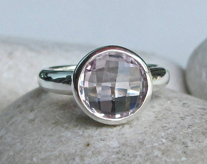 Sterling Silver Amethyst Ring- Simple Round Faceted Ring- February Birthstone Ring-  Light Purple Solitaire Gemstone Ring
