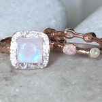 Rose Gold Moonstone Opal Bridal Set Ring- Rainbow Moonstone Unique Engagement Ring Set- Alternative Engagement Ring- 2 Ring Set Rose Gold