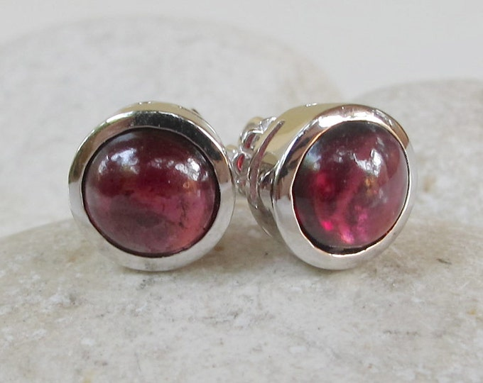 Natural Garnet Round Stud Earring- Cabochon Garnet Silver Stud Earring- Genuine January Garnet Birthstone Jewelry Simple Cabochon Earrings