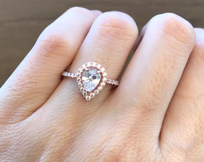 Rose Gold Engagement Ring- Pear Shape Promise Ring- Classic Halo Engagement Ring- 1 ct Diamond Simulant Ring- Elegant Bridal Wedding Ring