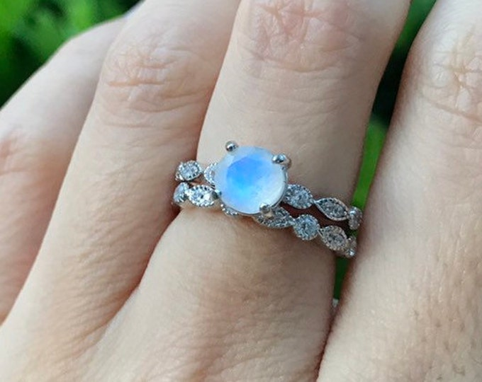 0.70ct Round Moonstone Engagement Ring Set- Rainbow Moonstone Promise Ring- Solitaire Moonstone Prong Ring-Faceted Moonstone Bridal Ring Set