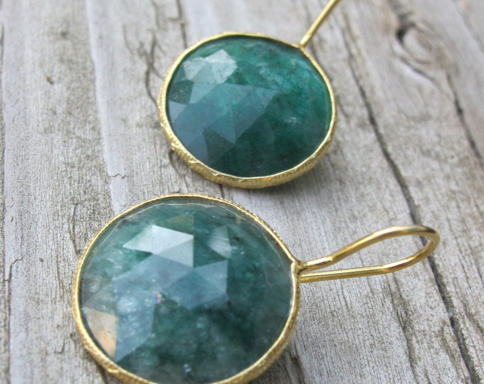 Raw Green Emerald Earring Genuine Natural Round Dangle Gold Emerald Drop Circle Earring May Birthstone Earring Gold