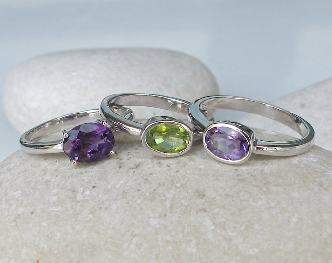 Purple Fervor Ring- Stack Birthstone Ring- Peridot Ring- Amethyst Ring- Mothers Ring- Dainty Ring- Gemstone Ring- Statement Rings