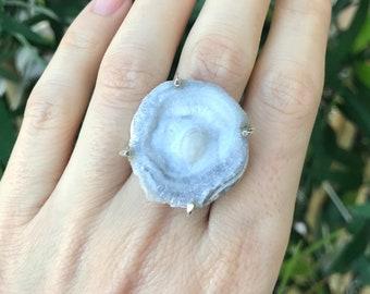 Gray Raw Crystal Ring- Geode Rock Statement Ring- Large Rough Gemstone Prong Ring- Round Boho Bohemian Rock Ring
