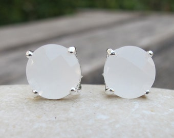 White Moonstone Stud- Classic Bridal Stud Earring- Round White Earring- Simple Wedding Earring- June Birthstone Earring- Silver Earring