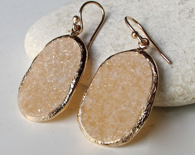 Druzy Earring Rose Gold- Raw Oval Beige Dangle Earring- Handmade Rough Drop Earring- Real Genuine Druzy Earring- Simple Minimal Boho Earring