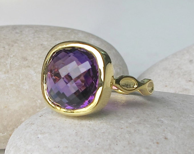 Cushion Large Amethyst Solitaire Ring- Purple Amethyst Square Statement Ring- February Birthstone Ring- 12mm Amethyst Engagement Wavy Ring