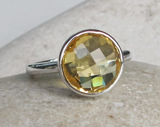 Round Faceted Citrine Ring- Yellow Gemstone Silver Ring- November Birthstone Ring- Yellow Stacking Stone Ring- Yellow Topaz Ring