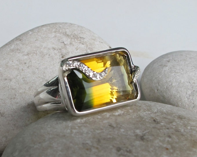 Yellow Green Quartz Statement Ring- Unique Gemstone Ring- Rectangle Engagement Ring- Artisan OOAK Ring- Alternative Engagement Ring