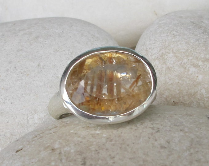Oval Bold Statement Ring- Gold Rutile Quartz Ring- Rutilated Quartz Ring- Unique Gemstone Ring- Solitaire OOAK Ring- Jewelry Gifts for Her