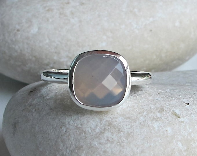 Gray Gemstone Ring- Square Shape Ring- Stacking Sterling Silver Ring-Jewelry Gifts for Her- Faceted Cushion Cut Ring- Gray Chalcedony Ring