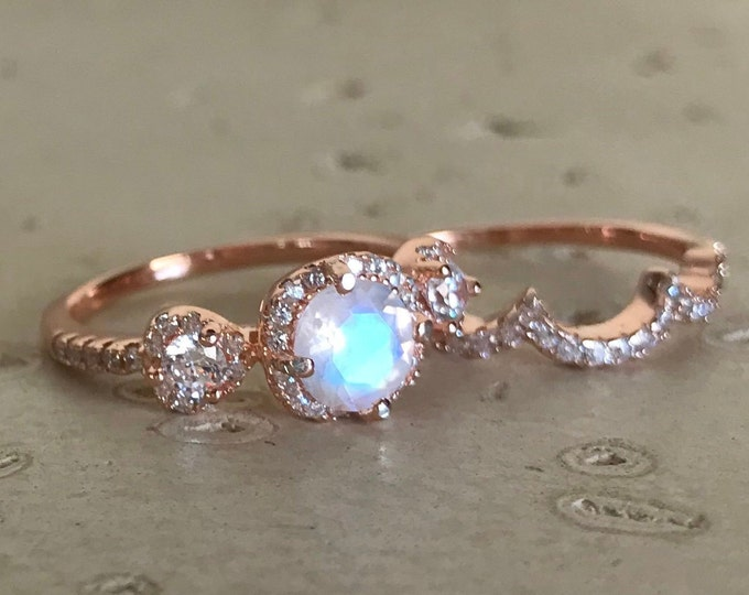 Moonstone Bridal Ring Set- Rainbow Moonstone Engagement Ring- Three Stone Moonstone Anniversary Ring- Rose Gold Moonstone Ring- June Ring