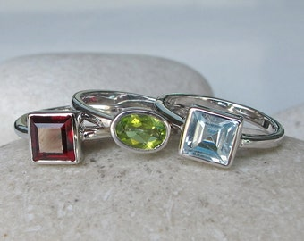 3 Stackable Rings- Birthstone Stack Ring- Mothers Ring- Set of 3 Rings- December January August Ring- Peridot Blue Topaz Garnet Ring