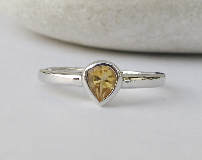 Citrine Stackable Tiny Ring- Teardrop Natural Citrine Silver Teen Child Ring- November Birthstone Ring- Small Yellow Stone Dainty Ring