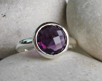 Purple Amethyst Round Ring- February Birthstone Ring- Purple Gemstone Ring- Simple Amethyst Silver Ring- Faceted Purple Solitaire Ring