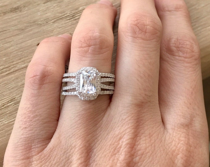Emerald Cut Bridal Ring Set- Rectangle Engagement Ring Set- Alternative Split Engagement Ring- Colorless White Clear Engagement Ring Set