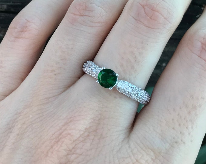 0.50ct Emerald Round Engagement Dainty Ring- Lab Emerald Promise Ring for Her- Vintage Green Emerald Anniversary Ring- May Birthstone Ring