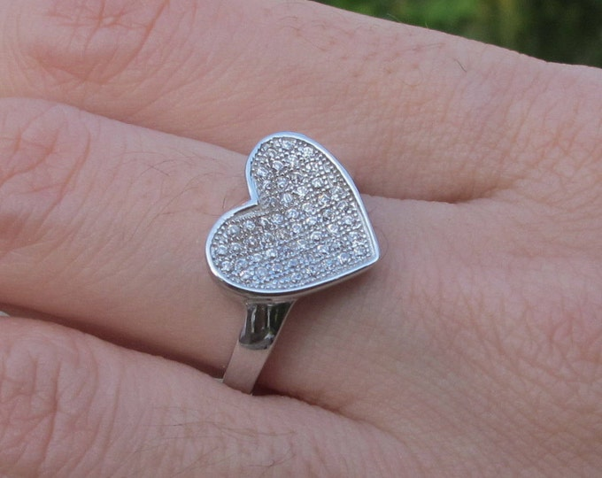 Heart Shape Promise Ring- Heart Engagement Ring- Crystal Heart Anniversary Ring- Valentines Ring for Her- Gift for Wife- Valentine Day Gift