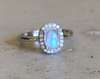 Small Moonstone Promise Ring- Halo Oval Rainbow Moonstone Ring- Iridescent Petite Moonstone Silver Ring- June Birthstone Ring- Handmade Ring