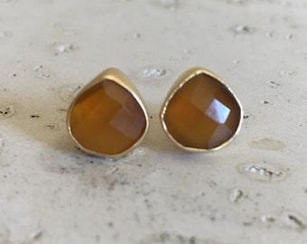 Yellow Stone Earring -Yellow Topaz Stud- Pear Citrine Earring- Yellow Quartz Earrings- Simple Minimal Gold Earring- Orange Gemstone Earring