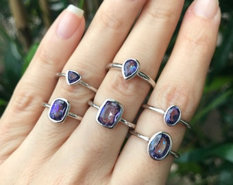 Mystic Topaz Stackable Ring- Boho Mood Rainbow Ring- Small Dainty Gemstone Ring- Bohemain Purple Blue Ring-Sterling Silver Stone Simple Ring