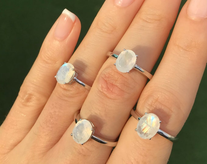 Moonstone Oval Prong Silver Ring- Facet Rainbow Moonstone Stackable Ring- June Birthstone Ring- Simple Moonstone Silver Ring
