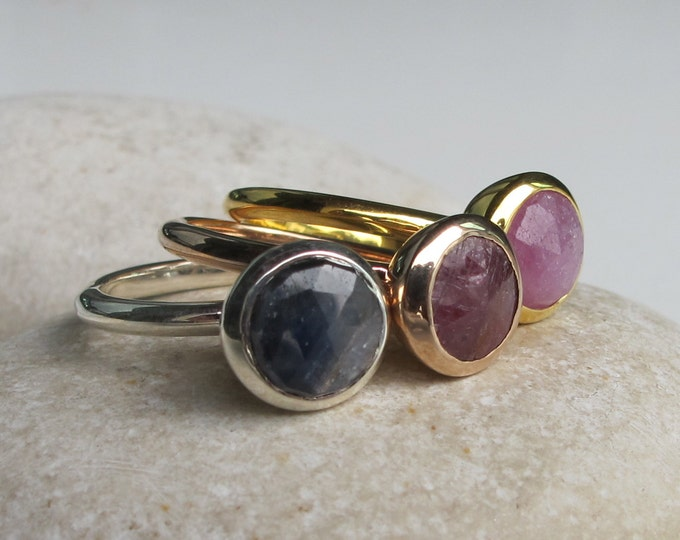 Raw Sapphire Ruby Stackable 3 Ring Set- Simple Round Rose Gold Ring Set- July September Birthstone Ring- Rough Stone Jewelry Rings Sets