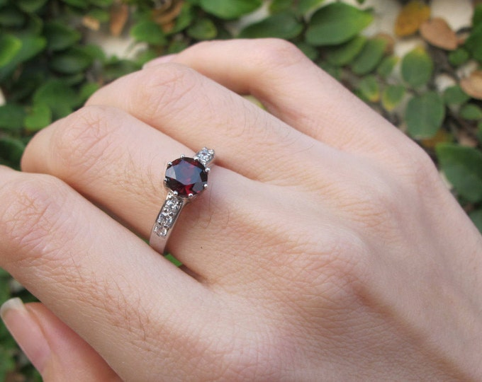 Round Garnet Engagement Ring- Prong Garnet Promise Ring- Red Gemstone Ring- January Birthstone Ring- Red Stone Anniversary Ring