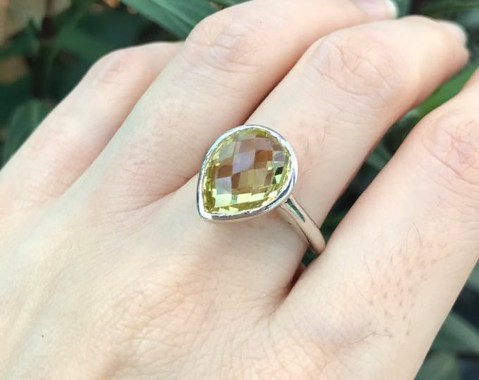 Lemon Quartz Rose Cut Solitaire Ring- Yellow Gemstone Promise Ring for Her- Teardrop Minimalist Sterling Silver Ring- Yellow Bezel Ring