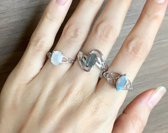 Boho Gypsy Gemstone Ring- Solitaire Moonstone Labradorite Ring- Statement Sterling Silver Ring- June Birthstone Ring- Faceted Stone Ring