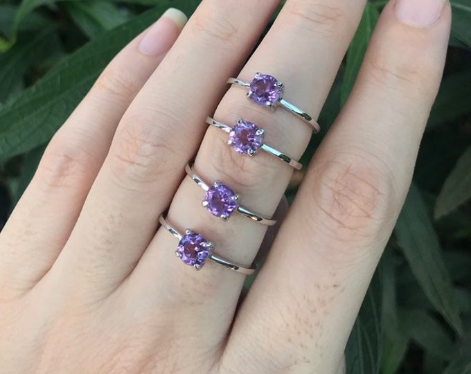 Amethyst Round Dainty Stackable Ring- Purple Amethyst Small Ring- 4 Prong Silver Ring- Purple Gemstone Ring- February Birthstone Ring