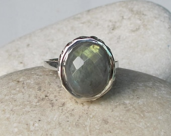Statement Labradorite Ring- Unique Gemstone Ring- Oval Shape Mystical Ring- Bohemian Chic Ring- Sterling Silver Ring