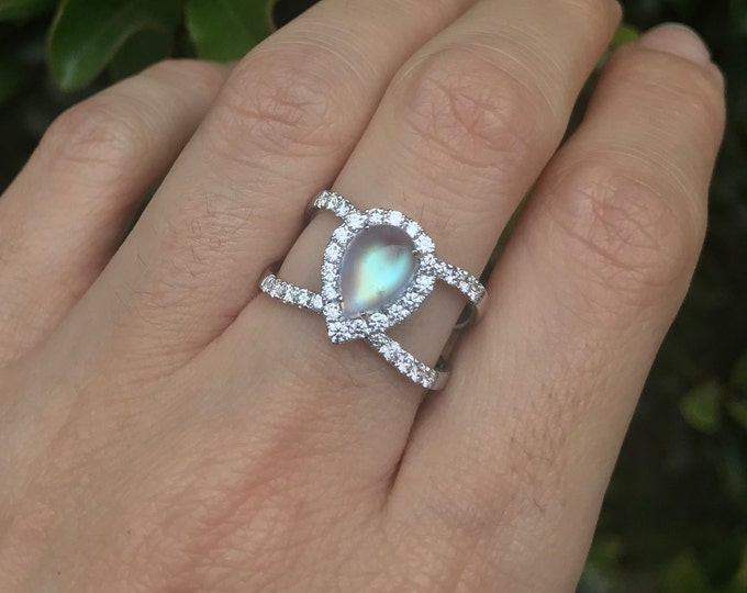 Teardrop Moonstone Diamond Statement Ring- Boho Moonstone Engagement Ring- Rainbow Moonstone Pear Double Band Ring- Moonstone Solitaire Ring