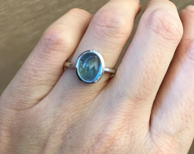 Oval Smooth Aquamarine Ring- Aquamarine Cabochon Solitaire Ring- March Birthstone Ring- Aqua Blue Gemstone Ring- Aqua Sterling Silver Ring