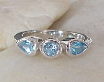 Womens Wedding Band- Blue Gemstone Engagement Band- Blue Wedding Band Ring- December Birthstone Ring- Blue Topaz Stackable Ring