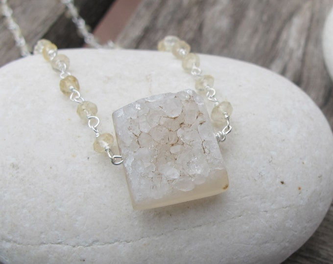 White Druzy Raw Necklace- Square Rough Druzy Necklaces- Citrine Beaded White Crystal Necklace- White Stone Pendant Necklace- Natural Jewelry