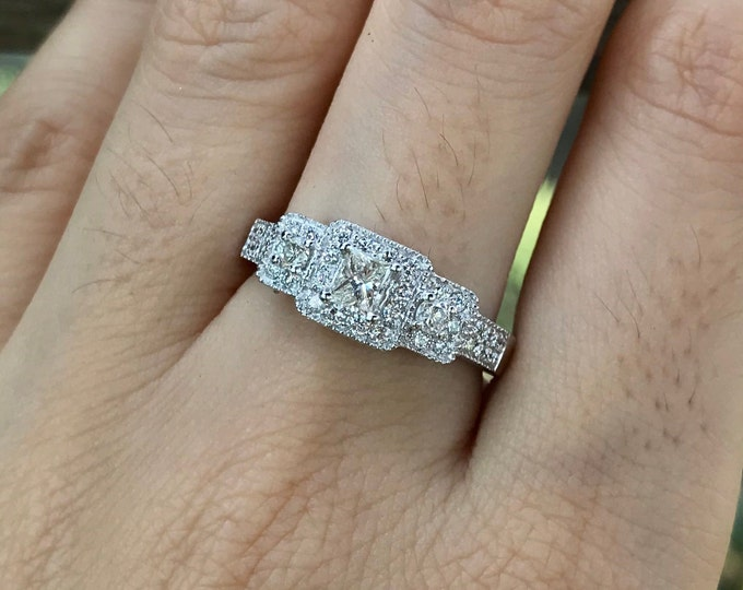 Diamond Vintage Women Engagement Ring- Art Deco Promise Diamond Ring for Her- Three Stone Anniversary Ring- Princess Diamond White Gold Ring