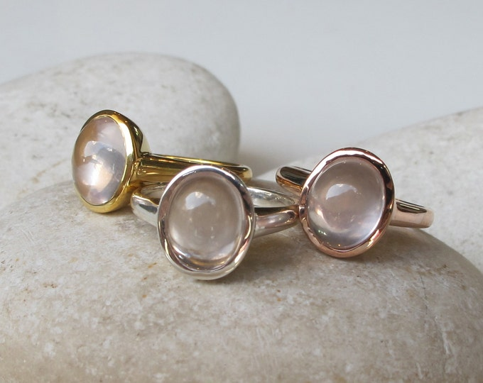 Oval Rose Quartz Ring- Rose Gold Pink Ring- Pink Gemstone Bezel Ring- Stackable Smooth Stone Ring- Pink Quartz Silver Ring- Pink Gold Ring
