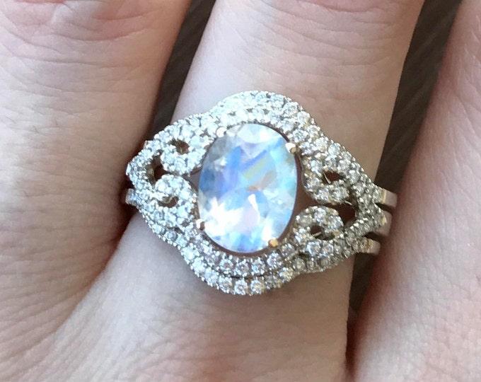 Oval Moonstone Bridal Set Ring- Rainbow Moonstone Engagement Ring- Art Deco Engagament Ring- Boho Moonstone Engagement Ring- Three Ring Set