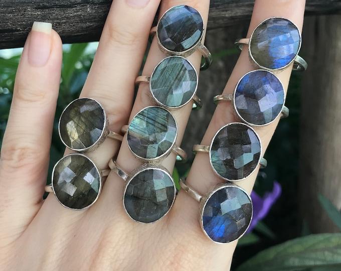Oval Blue Labradorite Solitaire Ring- Large Green Labradorite Statement Ring- Iridescent Brown Labradorite Sterling Silver Ring- Unisex Ring