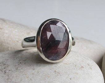 Simple Ruby Raw Engagement Ring- Oval Rough Ruby Promise Ring- Large Dark Red Alternative Ring- Faceted Red Anniversary Bezel Minimal Ring